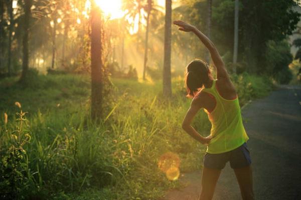5 Trik Sukses Olahraga Pagi untuk Cewek Saat Long Weekend